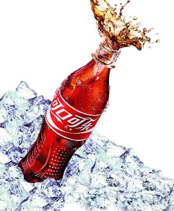 哪些人不能喝可乐呢?农妇暴饮可乐导致胃痛